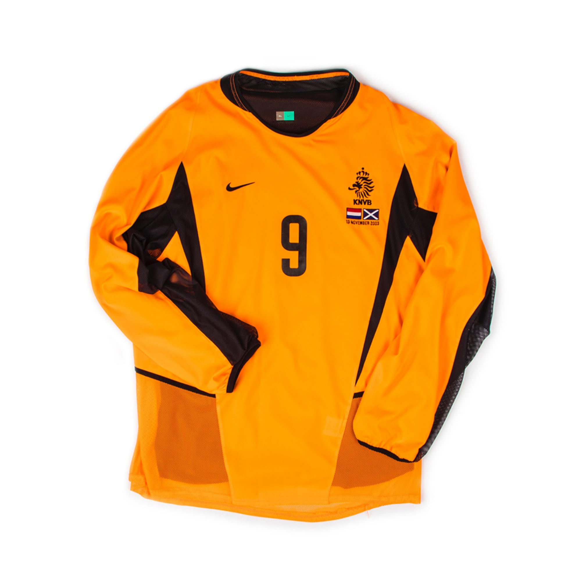 NETHERLANDS 2002-04 HOME L/S #9 KLUIVERT (PLAYER ISSUE)