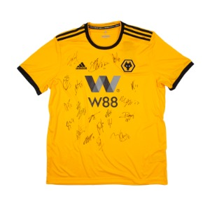 WOLVERHAMPTON 18-19 HOME SQUAD SIGNATURE JERSEY
