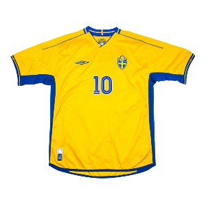 2003-2005 SWEDEN HOME S/S #10 IBRAHIMOVIC